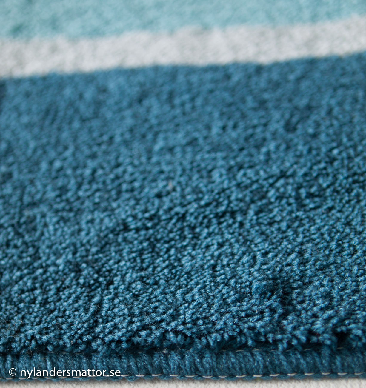 Stripe badrumsmatta   nylanders mattor